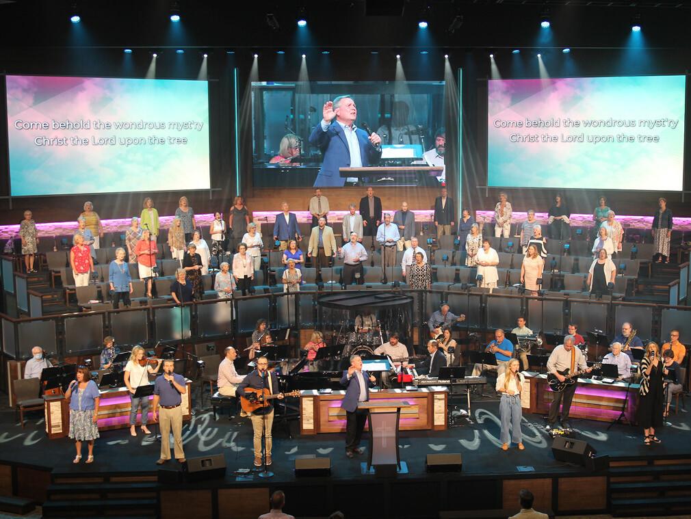 Adult Choir & Orchestra
